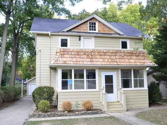 412 Oak St, Saint Charles, IL 60174