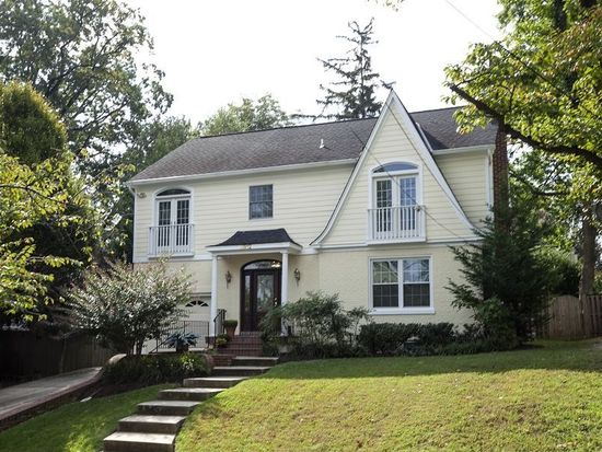 3812 Williams Ln, Chevy Chase, MD 20815