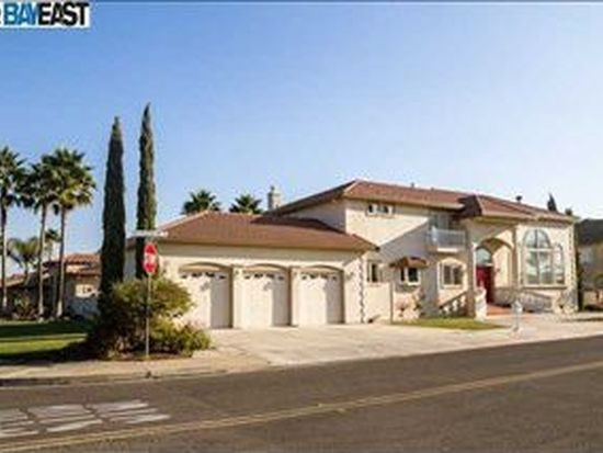 3901 Lighthouse Pl, Discovery Bay, CA 94505