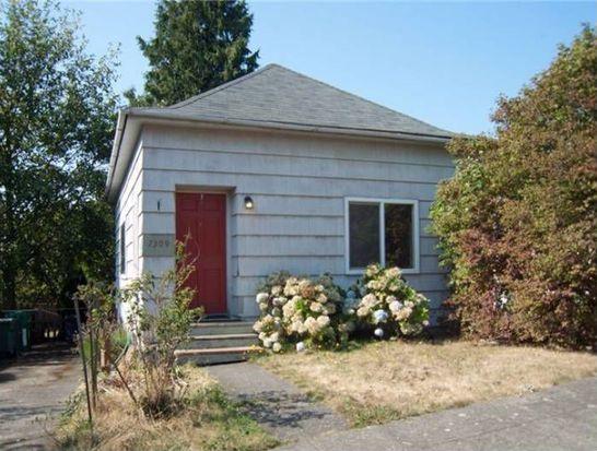 7309 19th Ave NW, Seattle, WA 98117