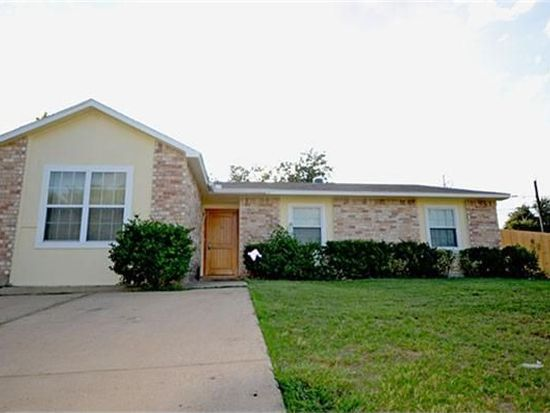 2700 Kristinwood Dr, Arlington, TX 76014