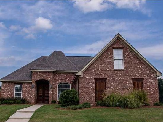 806 Willow Grande Cir, Brandon, MS 39047