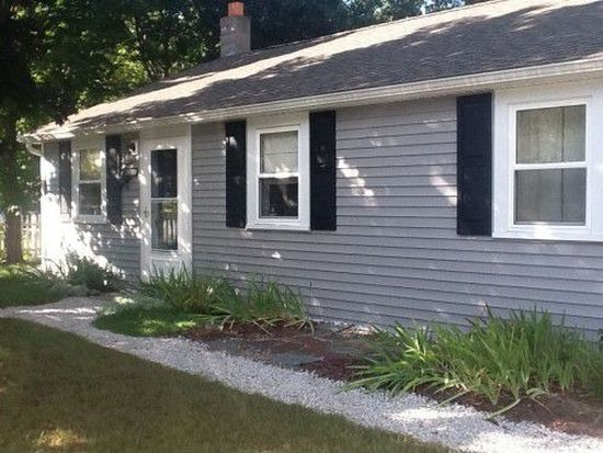 127 Lower Collins St, Seabrook, NH 03874