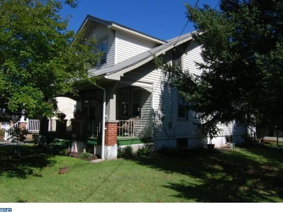 1117 E Main St, Douglassville, PA 19518