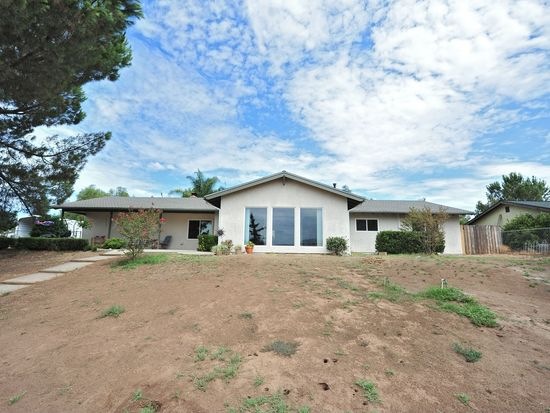 18940 Highland Valley Rd, Ramona, CA 92065