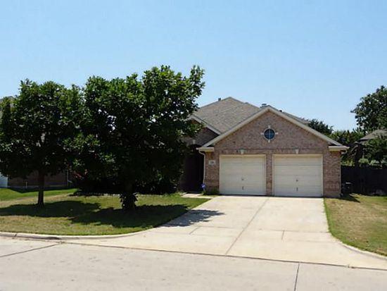 331 Hill Crest Dr, Hurst, TX 76053