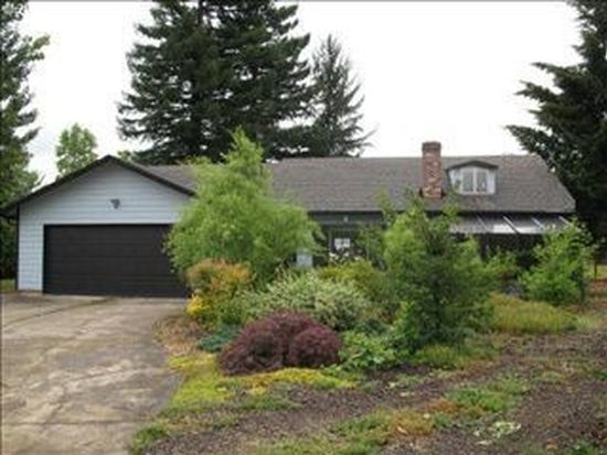 1656 NW Youngwood Ct, Roseburg, OR 97471