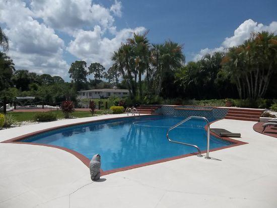 68 Aqua Ln, North Fort Myers, FL 33903