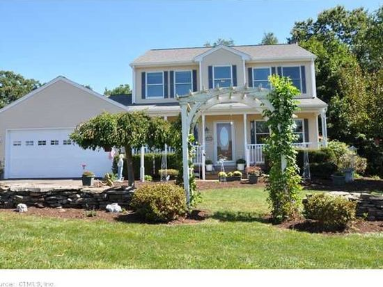 12 Oldfield Rd, Granby, CT 06035
