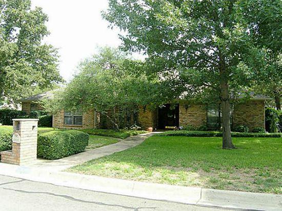 2315 Midway Rd, Arlington, TX 76011