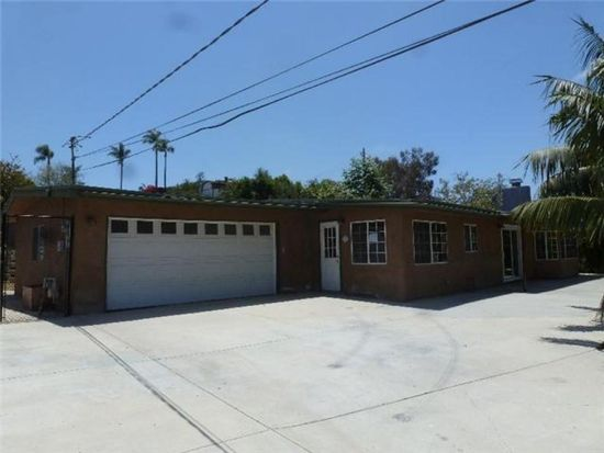 330 Woodland Dr, Vista, CA 92083