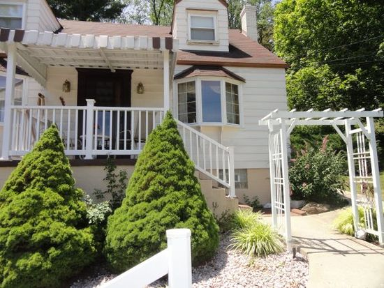 5672 Horning Rd, Pittsburgh, PA 15236