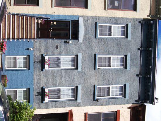 130 S Swan St, Albany, NY 12210