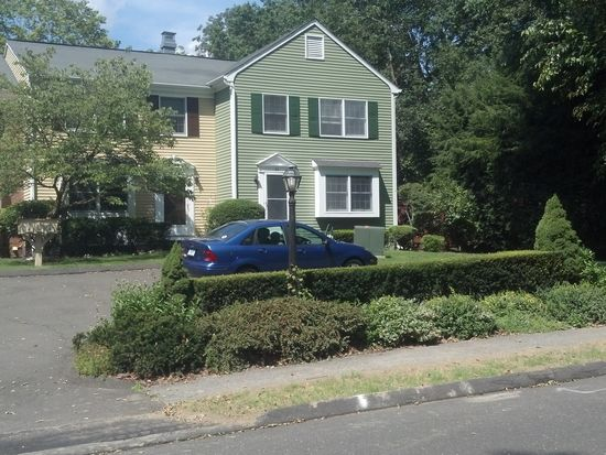 86 Hoyt St UNIT 86, New Canaan, CT 06840
