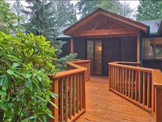 6555 NE Dapple Ct, Bainbridge Island, WA 98110