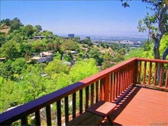 2829 Oak Point Dr, Los Angeles, CA 90068