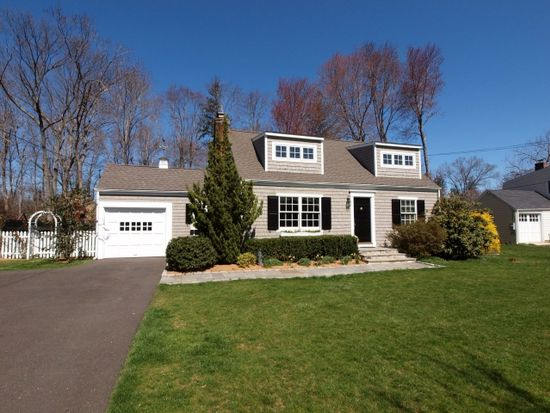 6 Old Stone Rd, Darien, CT 06820