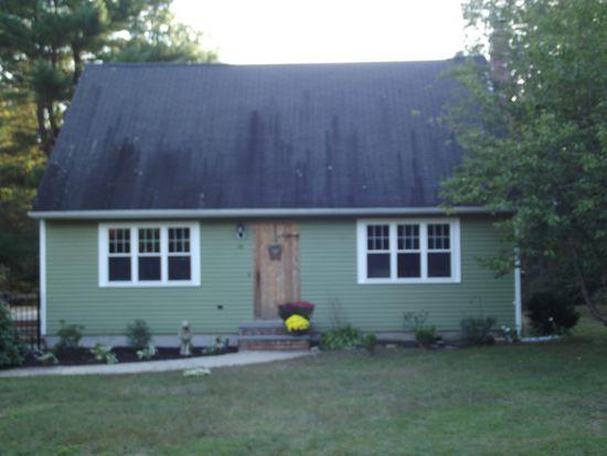 44 Riverview Dr, Charlestown, RI 02813