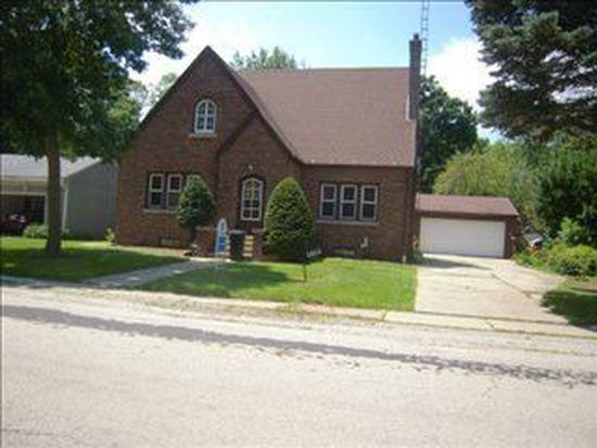 1611 Lynnwood St, Rockford, IL 61108