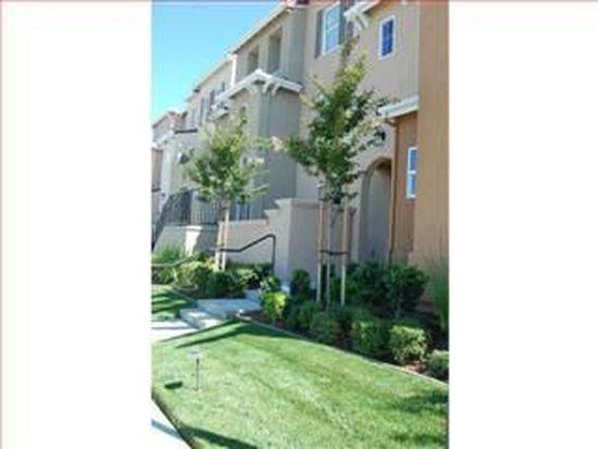 1935 Hillebrant Pl, Santa Clara, CA 95050
