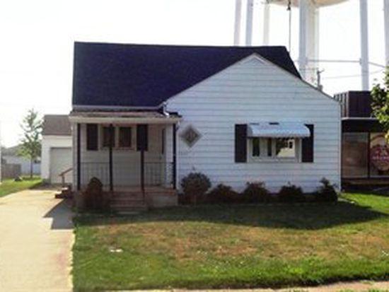 1033 S Myrtle Ave, Willard, OH 44890