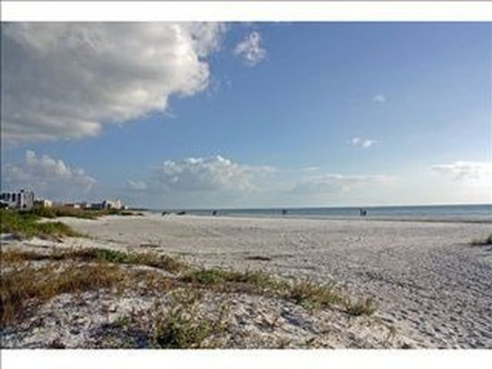 21510 Indian Bayou Dr, Fort Myers Beach, FL 33931