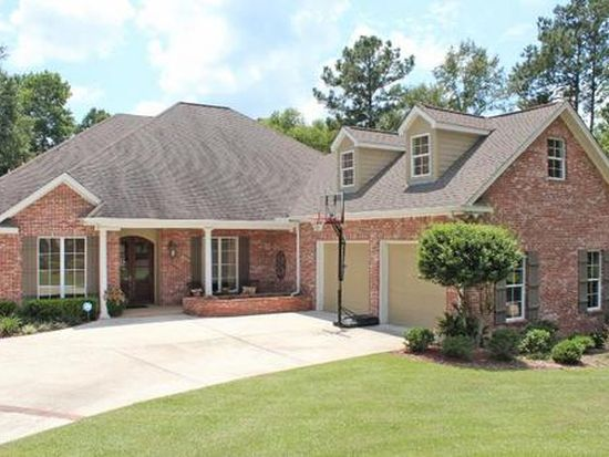 63 Brookline Dr, Hattiesburg, MS 39402