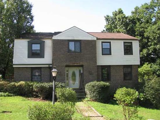 10001 Sheffield Dr, Wexford, PA 15090