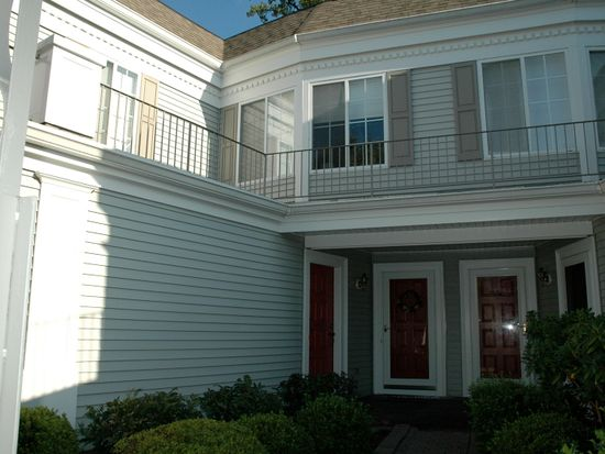 161 Riveredge Dr, Chatham, NJ 07928