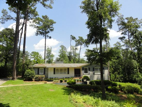 7 Highland Woods Dr, Laurel, MS 39440