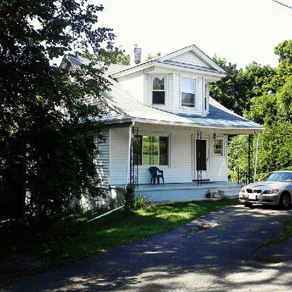 2523 Englewood Ave, Niskayuna, NY 12309