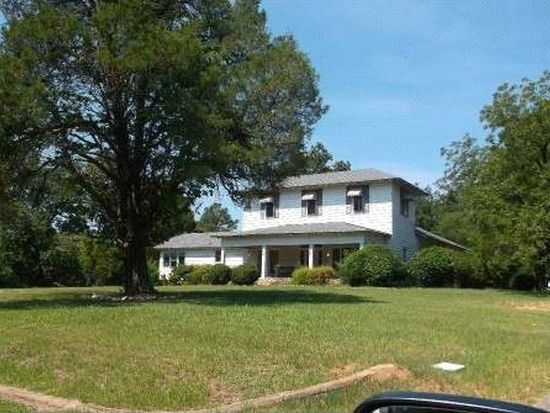 2082 N Jefferson St NE, Milledgeville, GA 31061