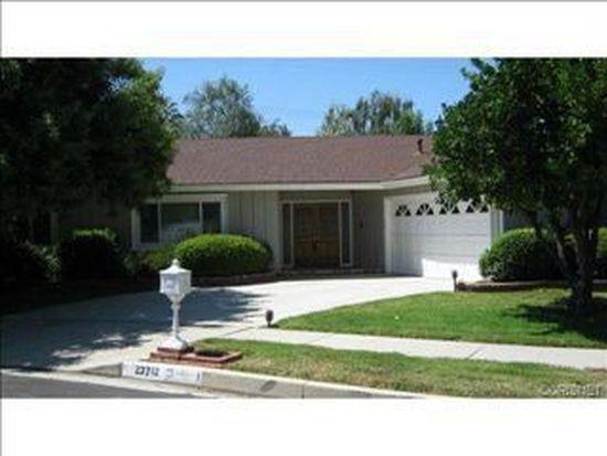 23712 Bessemer St, Woodland Hills, CA 91367