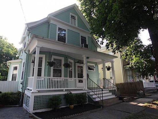 24 Winthrop St, Salem, MA 01970