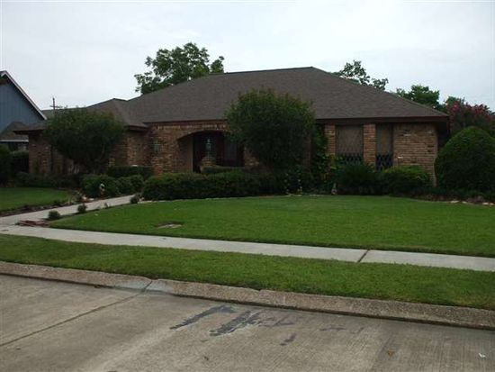 702 Cherokee Ave, Port Neches, TX 77651