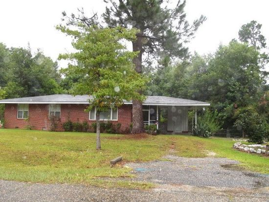 631 W 29th St, Laurel, MS 39440