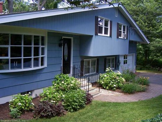 41 Richard Rd, Gales Ferry, CT 06335