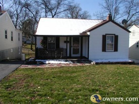 9918 Carlyle Ave, Overland, MO 63114