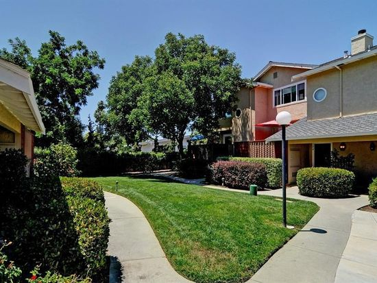 34 Puffin Ct, Campbell, CA 95008