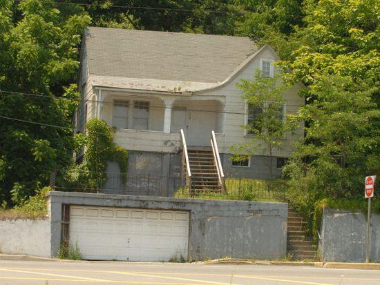 328 N Oakwood Ave, Beckley, WV 25801