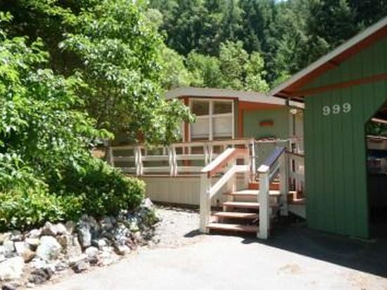 999 Forest View Dr, Willow Creek, CA 95573
