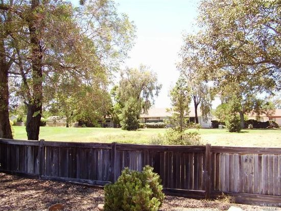 136 White Sands Dr, Vacaville, CA 95687