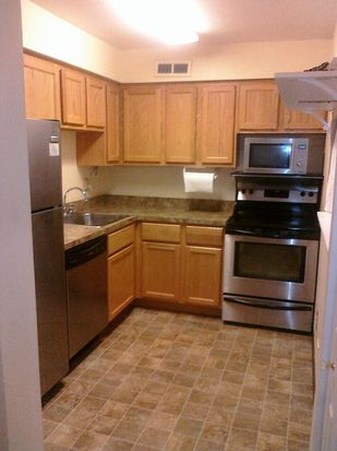 11811 Lake Ave APT 203, Lakewood, OH 44107