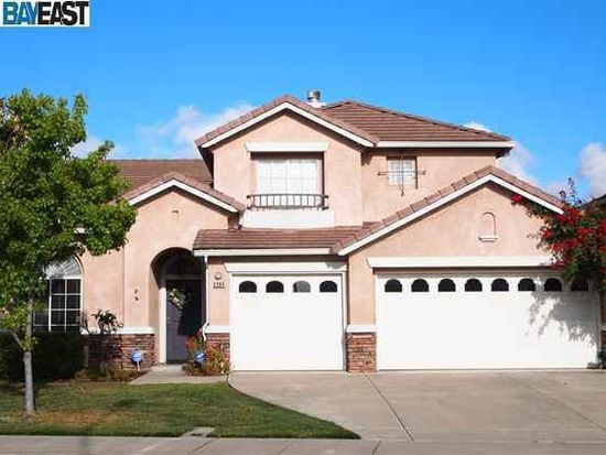 2084 Kitayama Dr, Union City, CA 94587