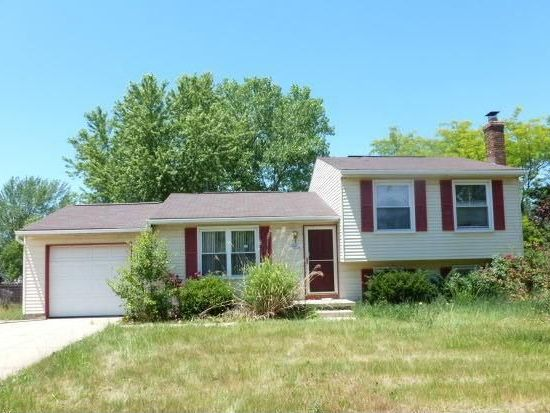 1365 Apache Trl, Stow, OH 44224