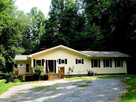 376 Chinquapin Cv, Whittier, NC 28789