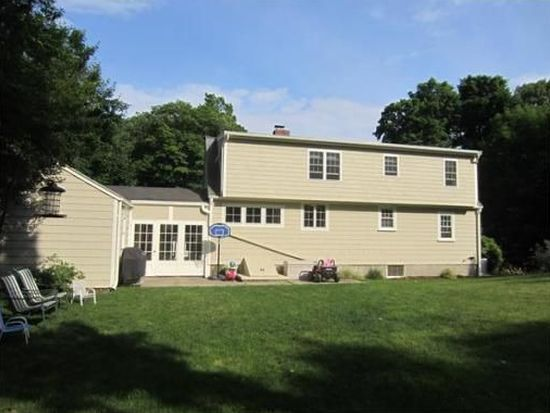 24 Spring St, Danvers, MA 01923
