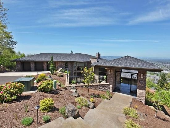 10753 SE Scotts Summit Ct, Happy Valley, OR 97086