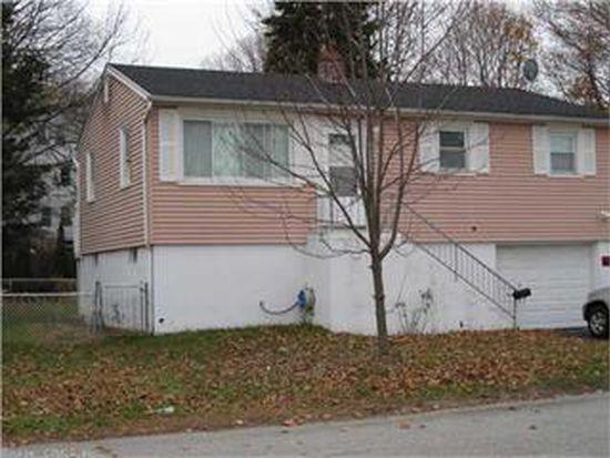 152 Elm St, New London, CT 06320