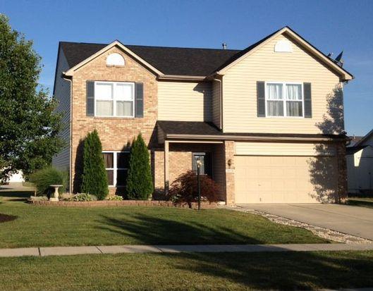 1026 Boxwood Ln, Greenwood, IN 46143